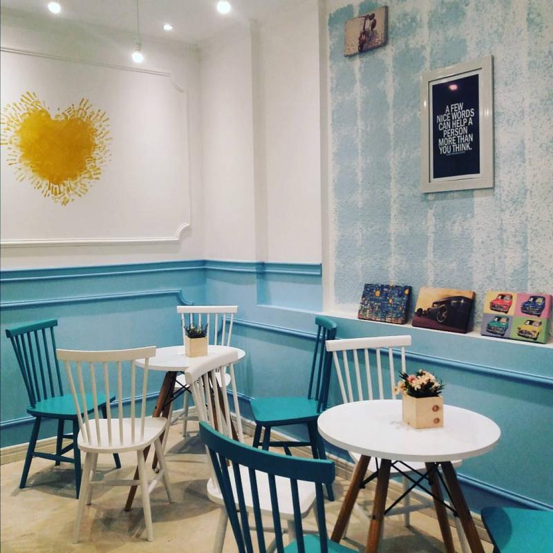 Lavida Coffee And Tea với màu xanh biển ngập tràn sẽ khiến bạn thích thú mỗi khi đặt chân đến