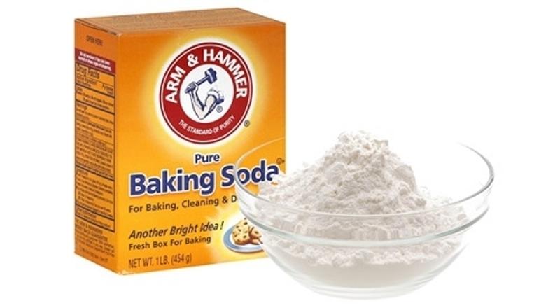 Sử dụng baking soda để lấy cao răng tại nhà