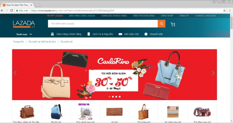 website của Lazada và mẫu túi xách
