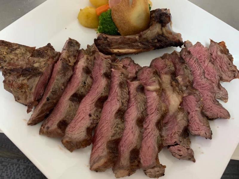 Thịt bò chất lượng tại nhà hàng
