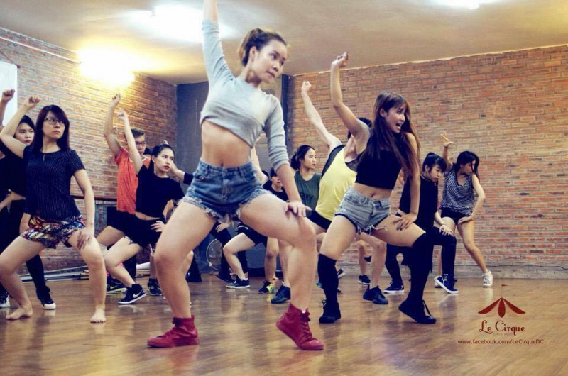 Le Cirque Dance Studio