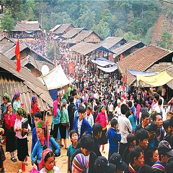 Lễ hội chợ tình Hàm Yên