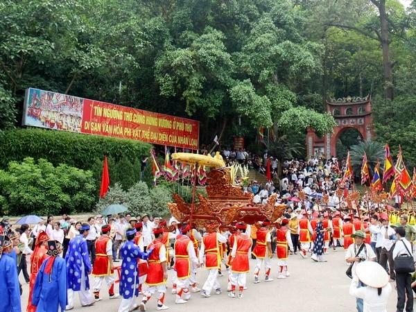 Lễ hội đền Hùng- Giỗ tổ vua Hùng Vương