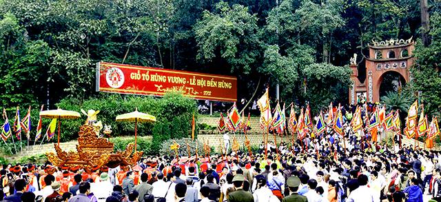 Lễ hội Đền Hùng - Phú Thọ