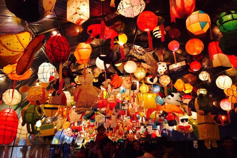 Lễ hội đèn lồng Jinju được biết đến là lễ hội lồng đèn lớn nhất Hàn Quốc