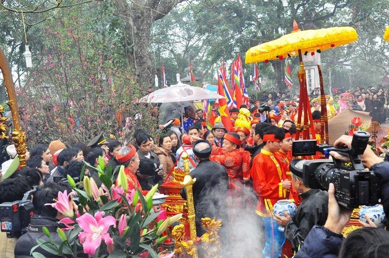 Lễ hội đền Trần tại phường Lộc Vượng, thành phố Nam Định, tỉnh Nam Định