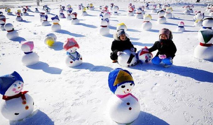 Các tác phẩm nghệ thuật được trưng bày đều được làm bằng tuyết