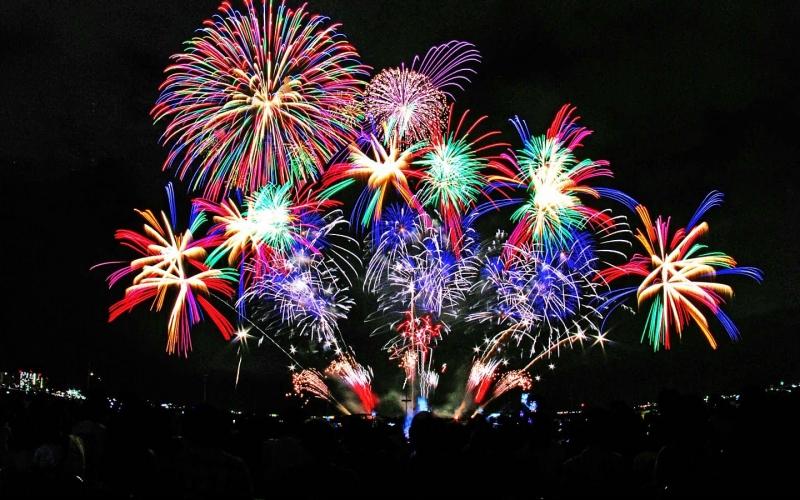 Lễ hội pháo hoa quốc tế diễn ra tại Đà Nẵng được rất nhiều người dân và du khách thưởng thức