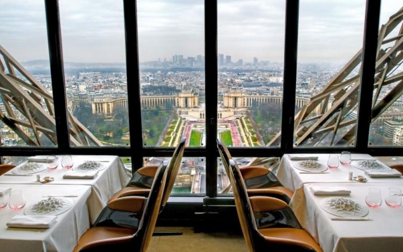 Le Jules Verne, Paris, Pháp