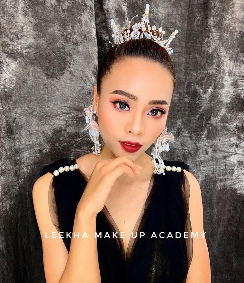 Lê Kha make up
