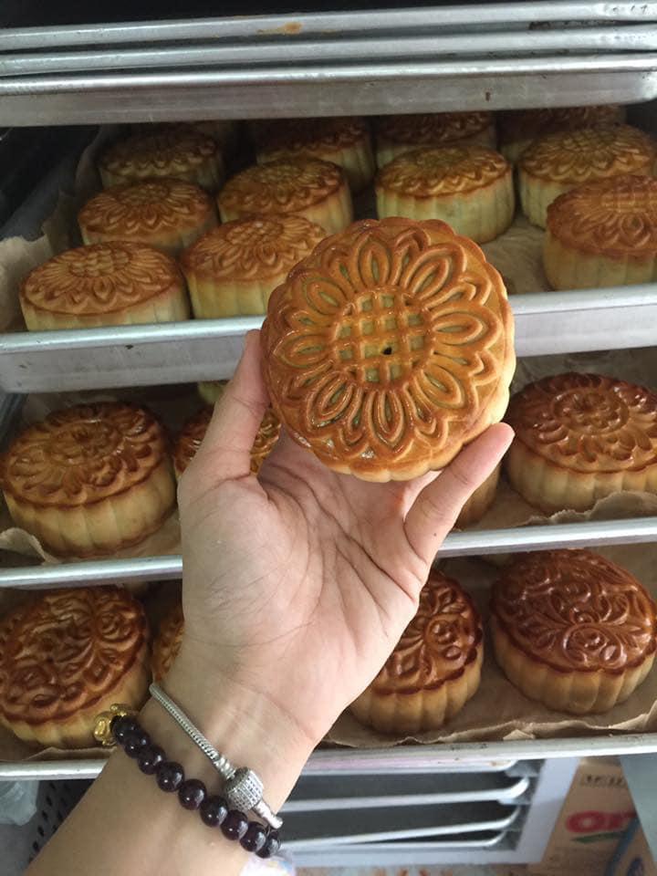 Bánh được làm hoàn toàn từ những nguyên liệu sạch, an toàn cho sức khỏe.