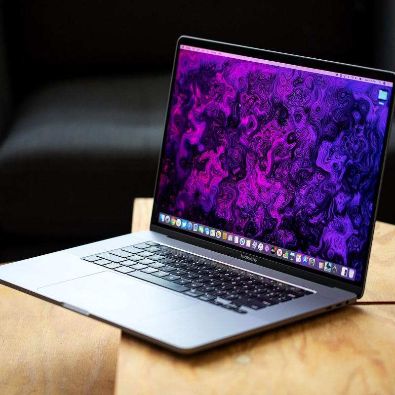 Lê Nguyễn Laptop