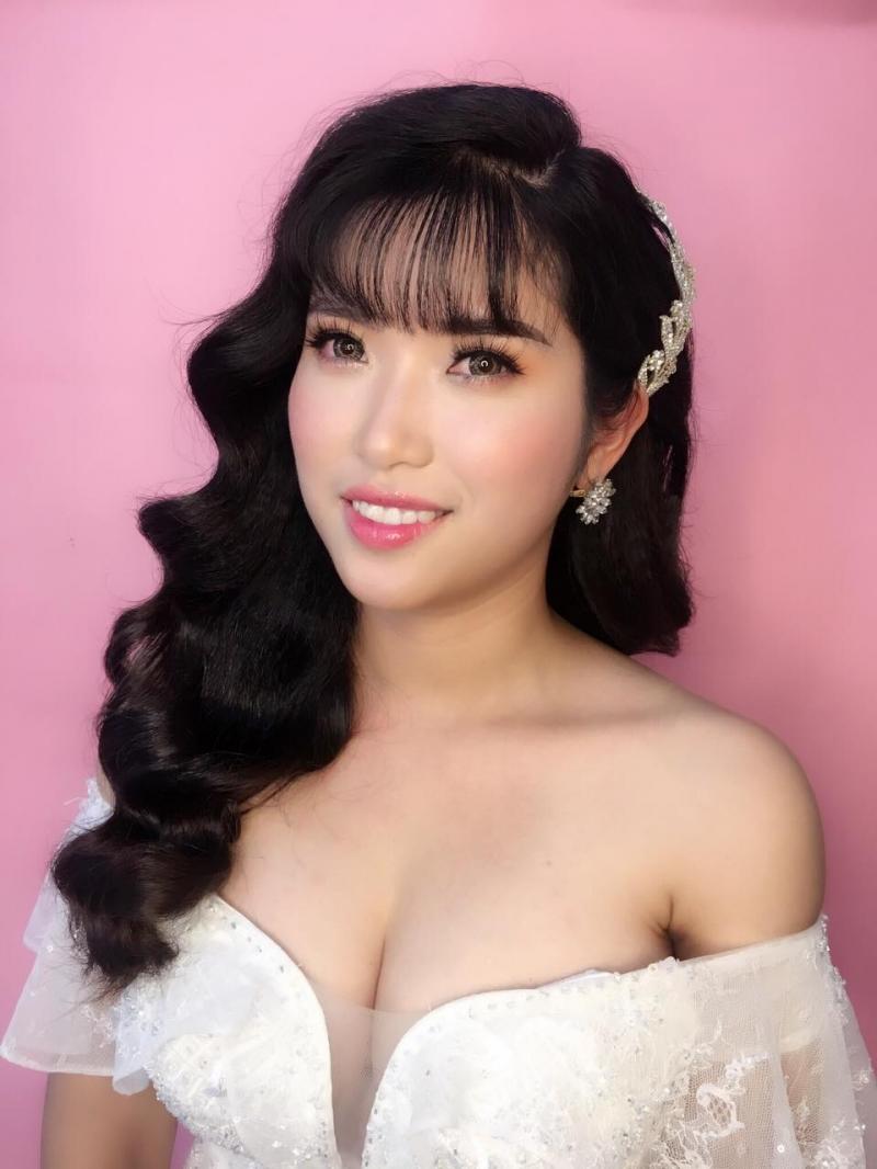 Lê Quỳnh make up (Studio Lê Quỳnh)