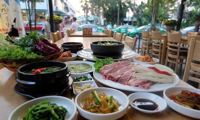 Top 11 Quán ăn trưa ngon nhất quận 5, TP HCM
