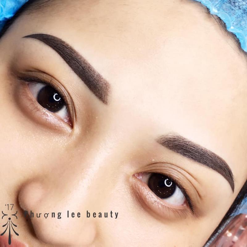 Lee-Eyebrows