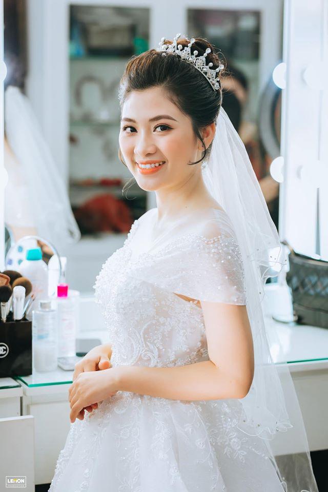 Lee's Makeup & Wedding