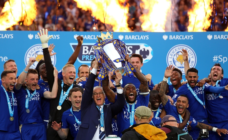 Leicester City nâng cao chức vô địch Premier League mùa giải 2015/16