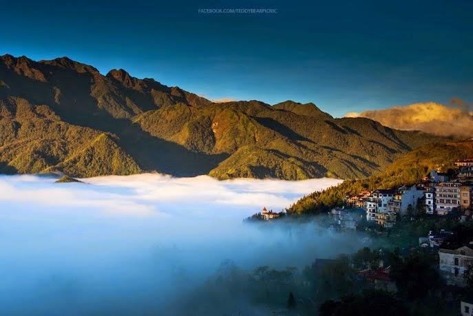 Bình minh ở thị trấn mù sương
