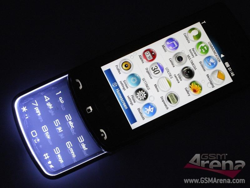 LG GD900 Crystal không phải là một smartphone