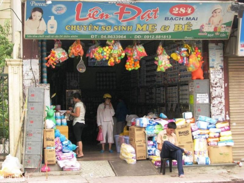 Cửa hàng Liên Đạt 284 Bạch Mai - sự yên tâm của các mẹ khi mua hàng.