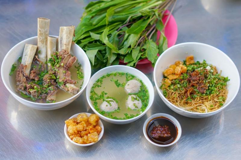 Liến Húa - Hủ Tiếu Nam Vang
