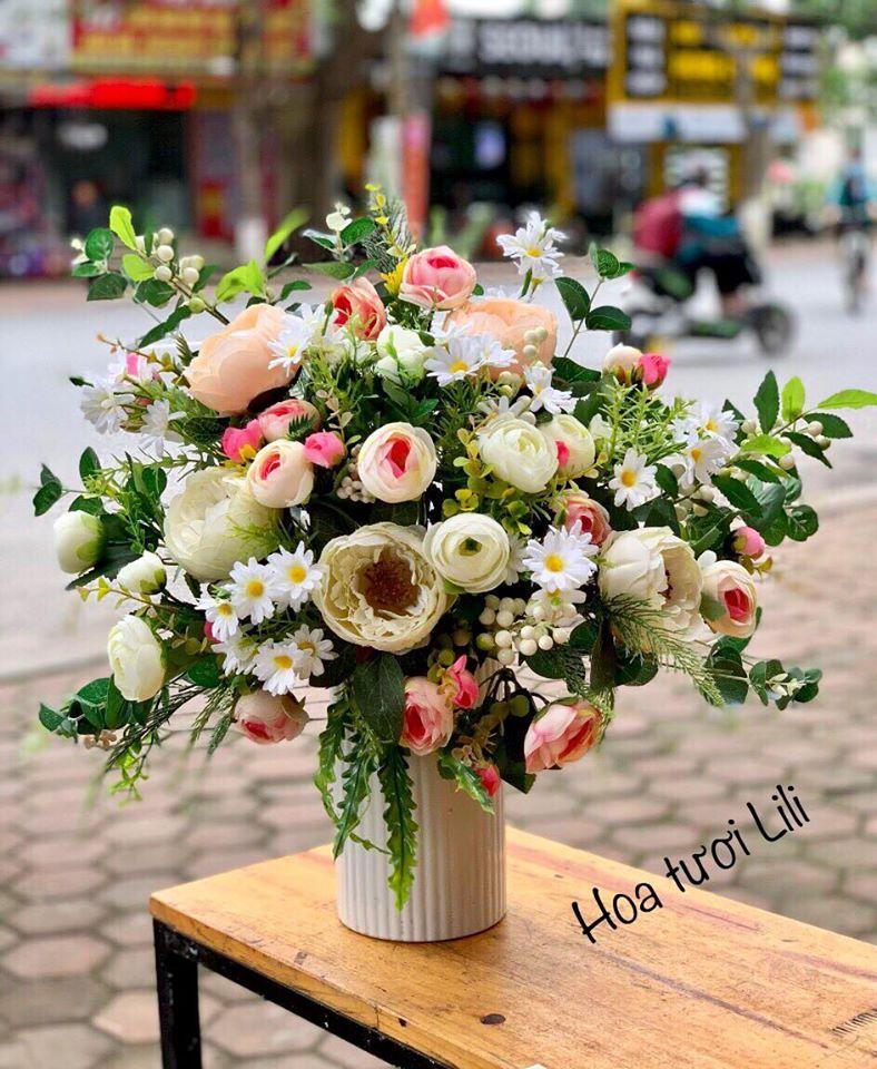 Lili Flowers