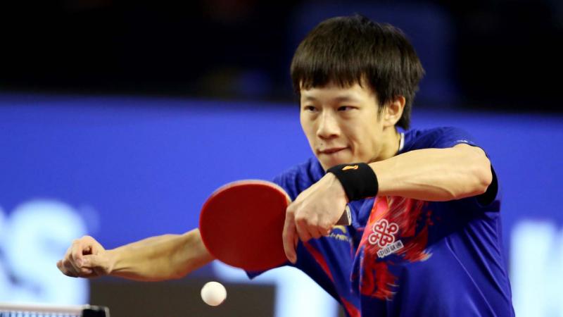 Tay vợt LIN Gaoyuan