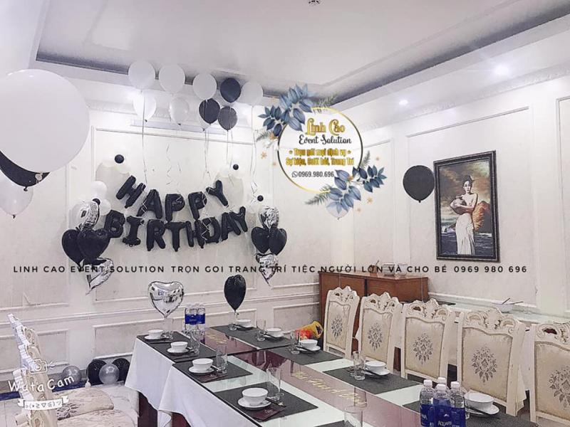 Mẫu trang trí sinh nhật đẹp tại cửa hàng