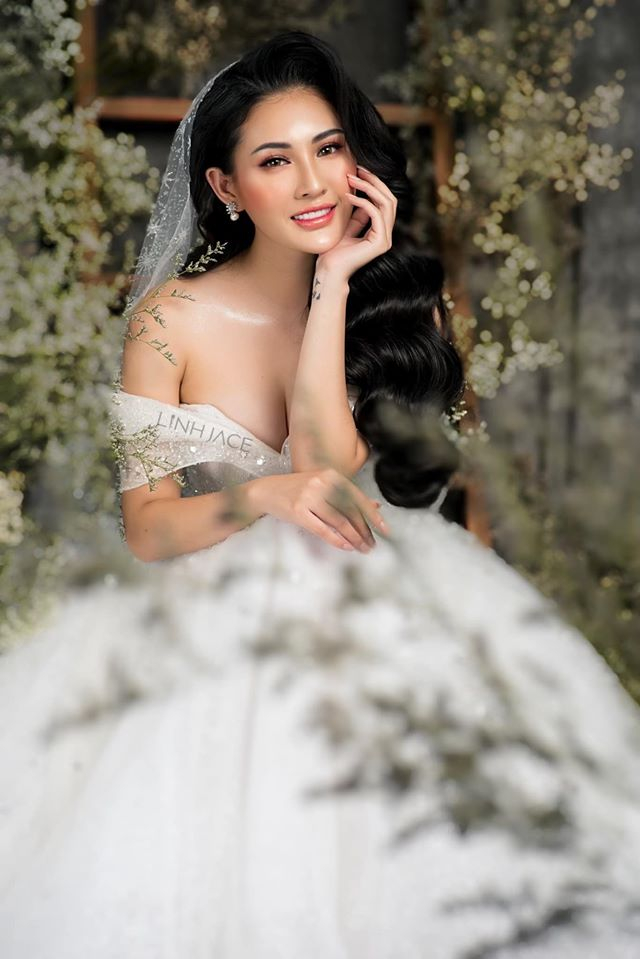 Linh Jace Make Up Store