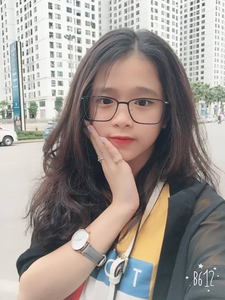 Hotgirl Linh Ka