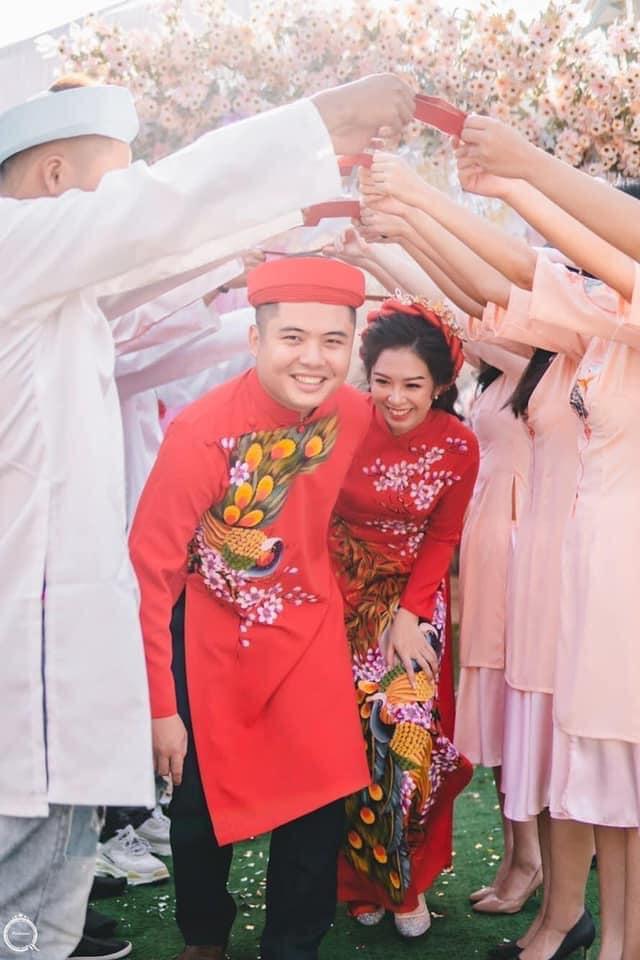 Đến đây bạn dễ dàng tìm cho mình những chiếc áo dài cưới vừa ý với đủ thiết kế từ nhữngh tân đến truyền thống.