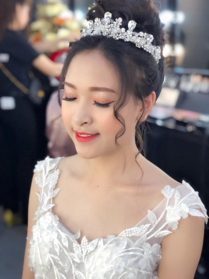 Linh Killdy Makeup Store (Nguyễn Thuỳ Linh)