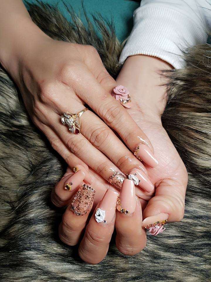 Linh Linh nail