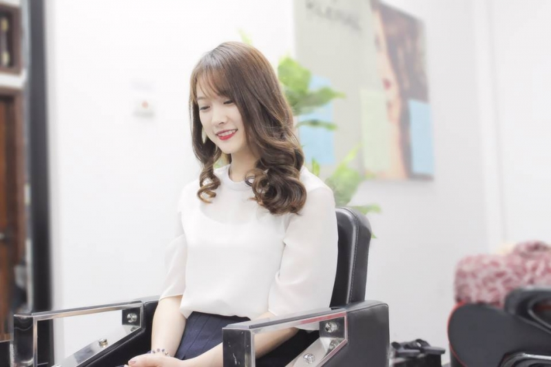 Linh Moon Hair SaLon