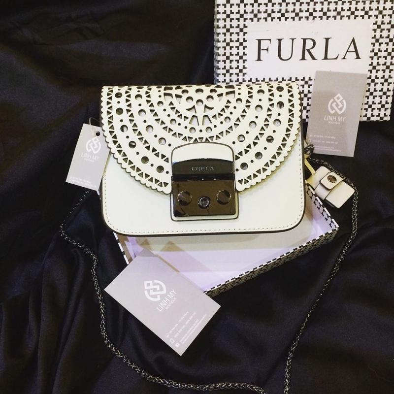 Túi Furla lỗ tại cửa hàng Túi Xách Đà Nẵng có giá: 1.300.000 VNĐ