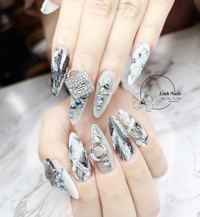Linh Nail