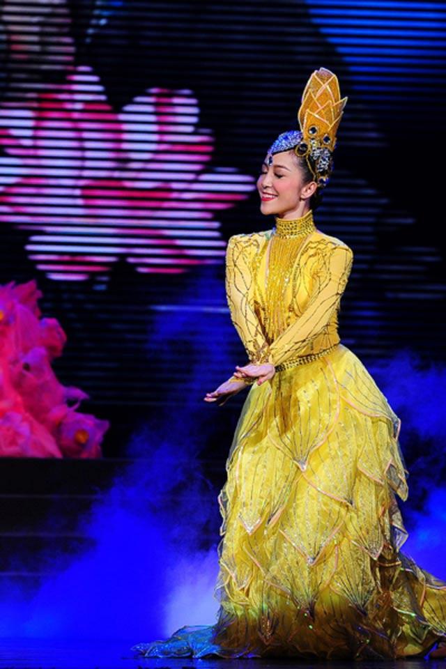 NSƯT Linh Nga