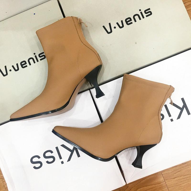 Top 8 shop giày nữ đẹp và uy tín tại Huế