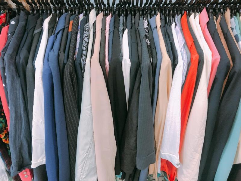 Shop Linh Si có nguồn hàng nhập từ Nhật Bản và Hàn Quốc với chất lượng khá ổn định