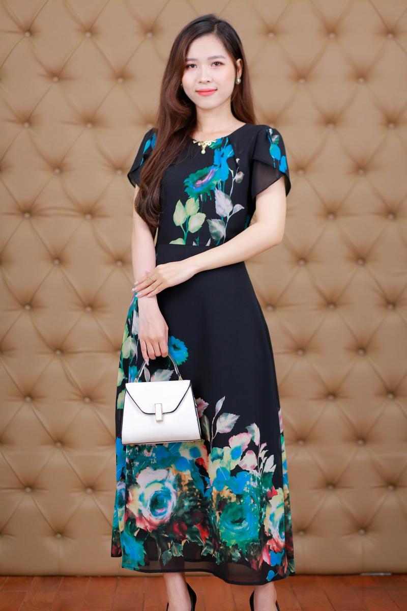 Linh Trà Boutique