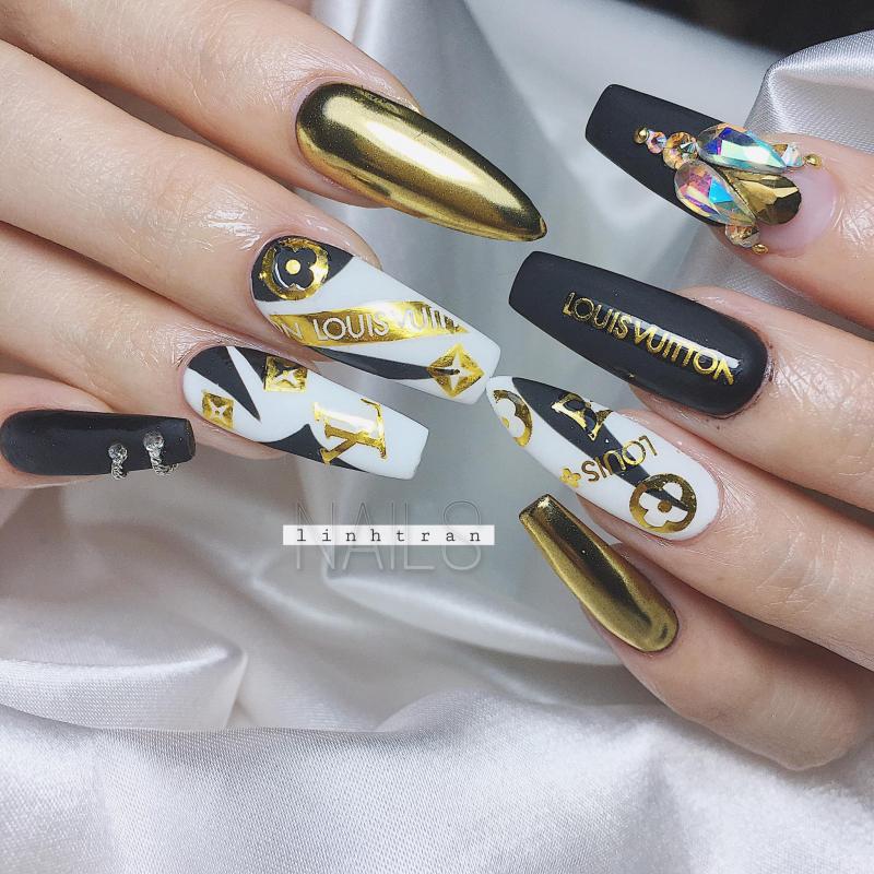 Linh Trần Nails