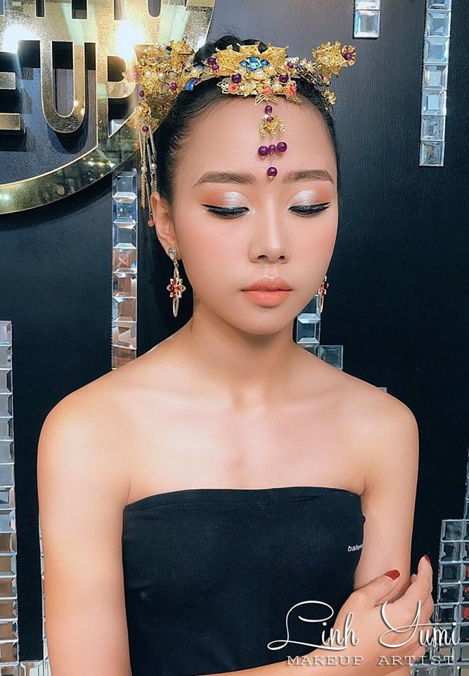 Linh Yumi make up (Flow Studio)