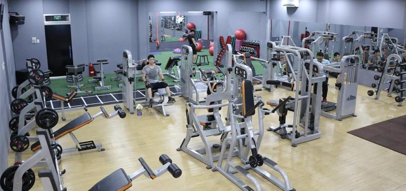 Lio Fitness & Yoga đầy đủ dụng cụ và phòng tập rộng rãi, thoải mái