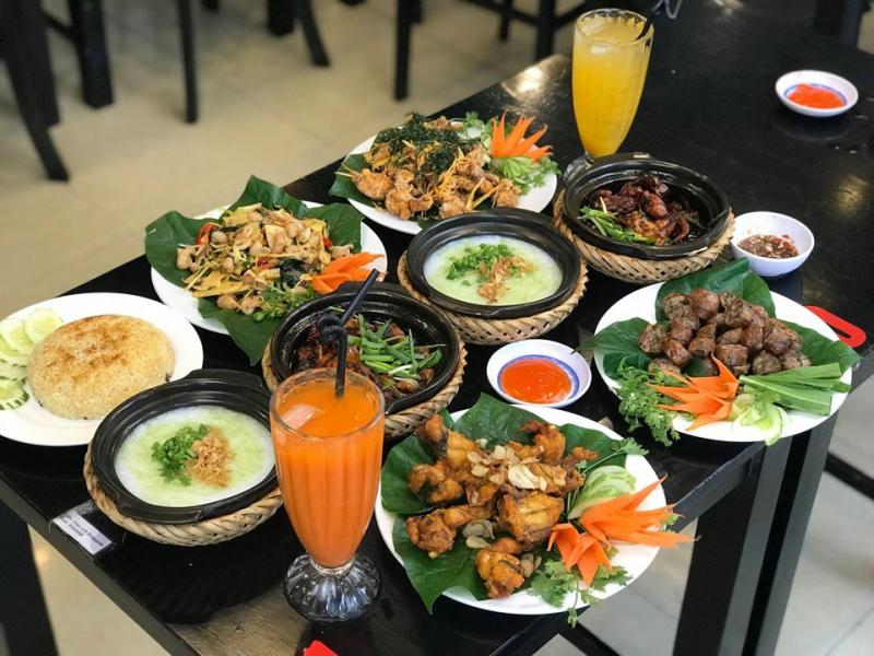 Loan - Cháo Ếch Singapore