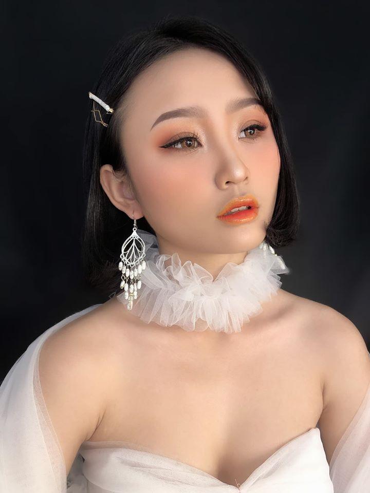 Loan Lee Makeup