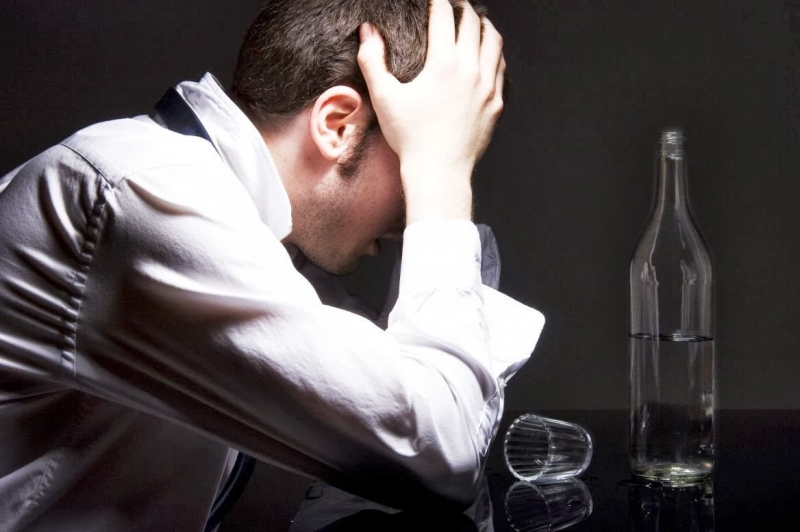 Bệnh loạn thần do rượu