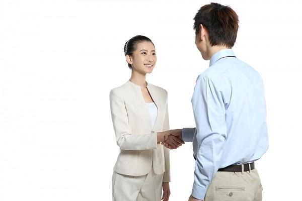 Dù cho kết quả có ra sao thì hãy luôn dành cho nhà tuyển dụng một nụ cười và lời chào lúc ra về vì điều này sẽ góp phần lưu lại ấn tượng tốt đẹp về bạn.