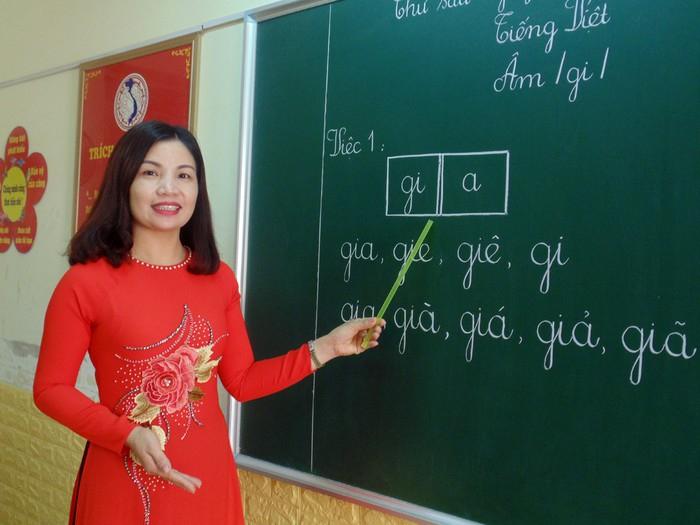 Bài văn kể về kỉ niệm đáng nhớ với thầy giáo, cô giáo cũ hay nhất số 2