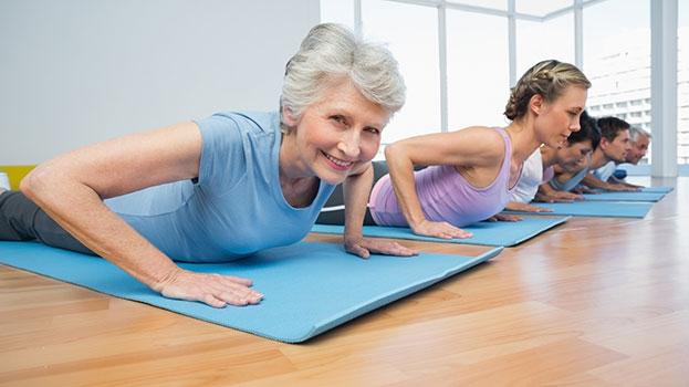 Tập yoga 20 phút mỗi ngày sẽ giúp cải thiện chứng đãng trí