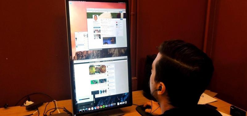 Xoay ngược màn hình chỉ là một chức năng trên Macbook